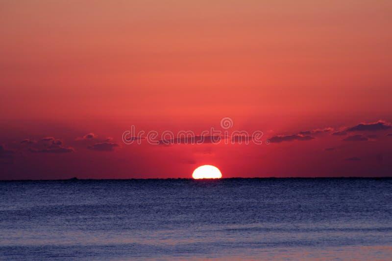 Nascer do sol do oceano imagens de stock