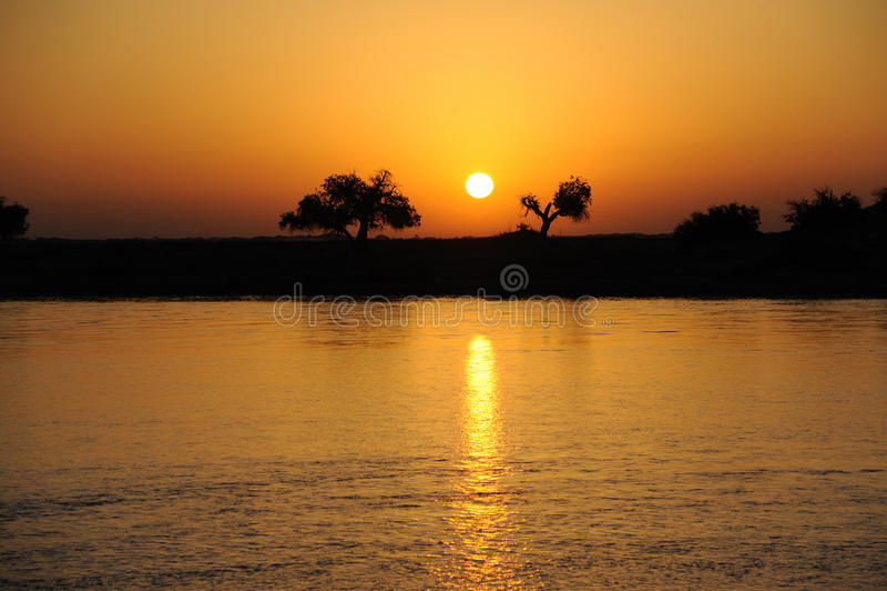 Nascer do sol do rio fotos de stock royalty free