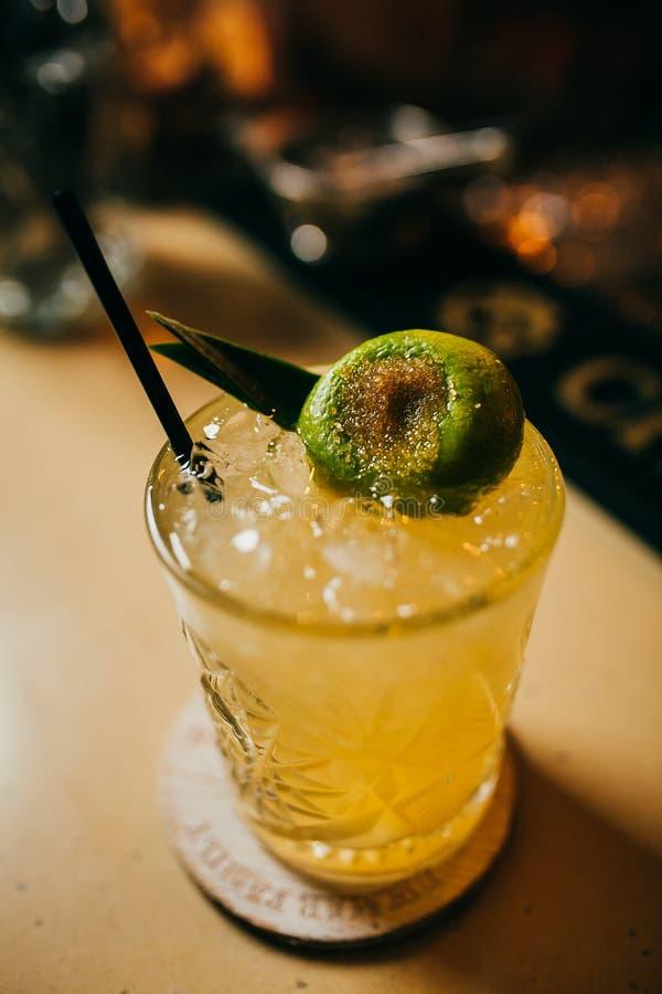 Nascer do sol do tequila do álcool ou cocktail do margarita fotos de stock royalty free