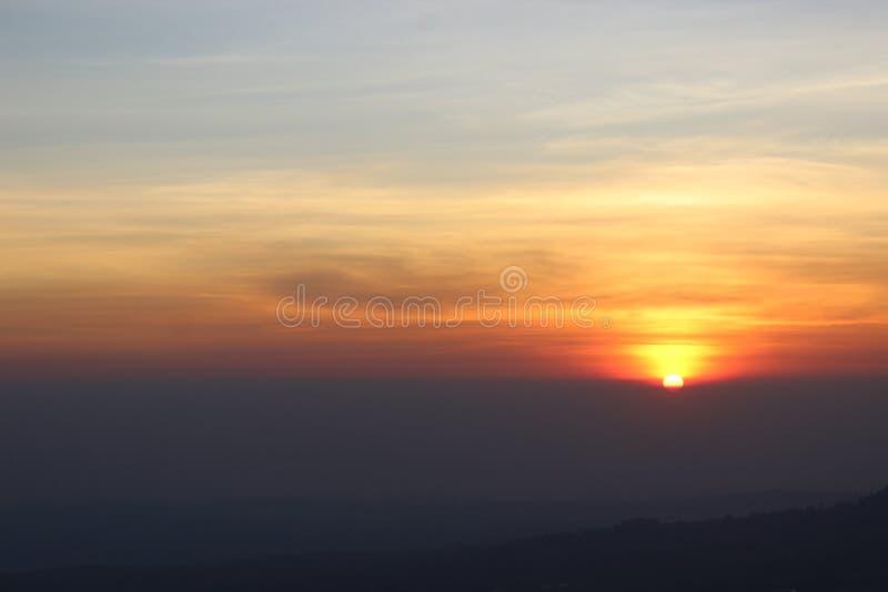Nascer do sol dourado fotos de stock royalty free