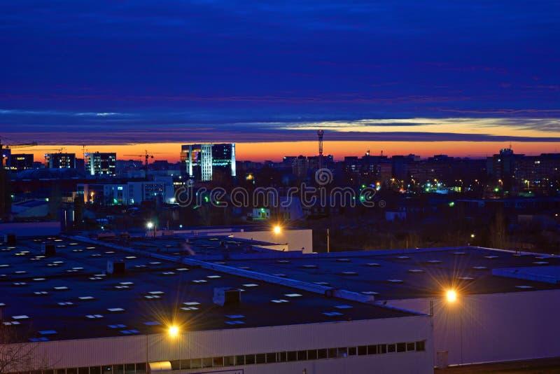 Nascer do sol em Bucareste fotos de stock