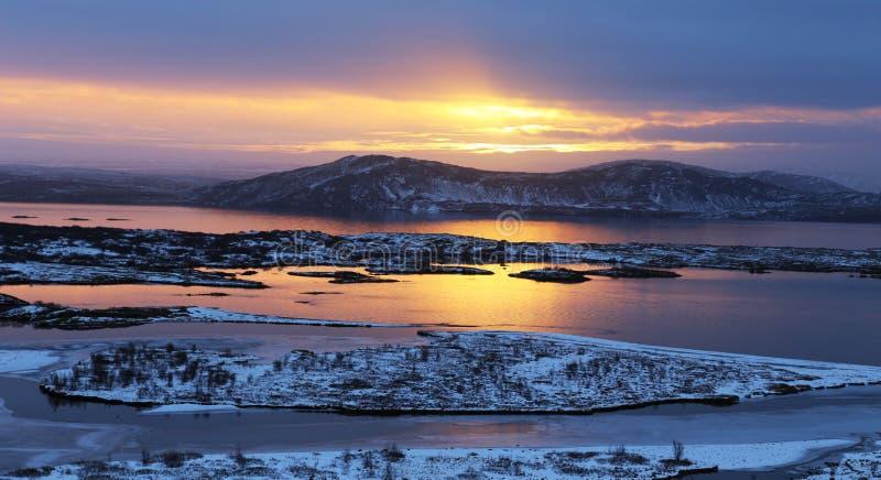 Nascer do sol em Islândia fotos de stock