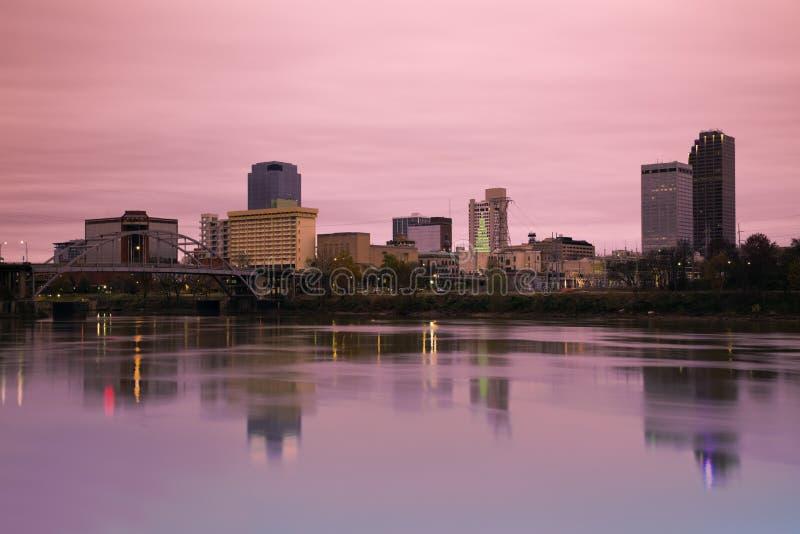 Nascer do sol em Little Rock, Arkansas imagens de stock royalty free