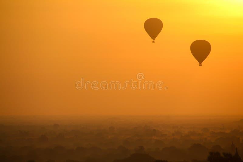 Nascer do sol em Myanmar imagem de stock royalty free