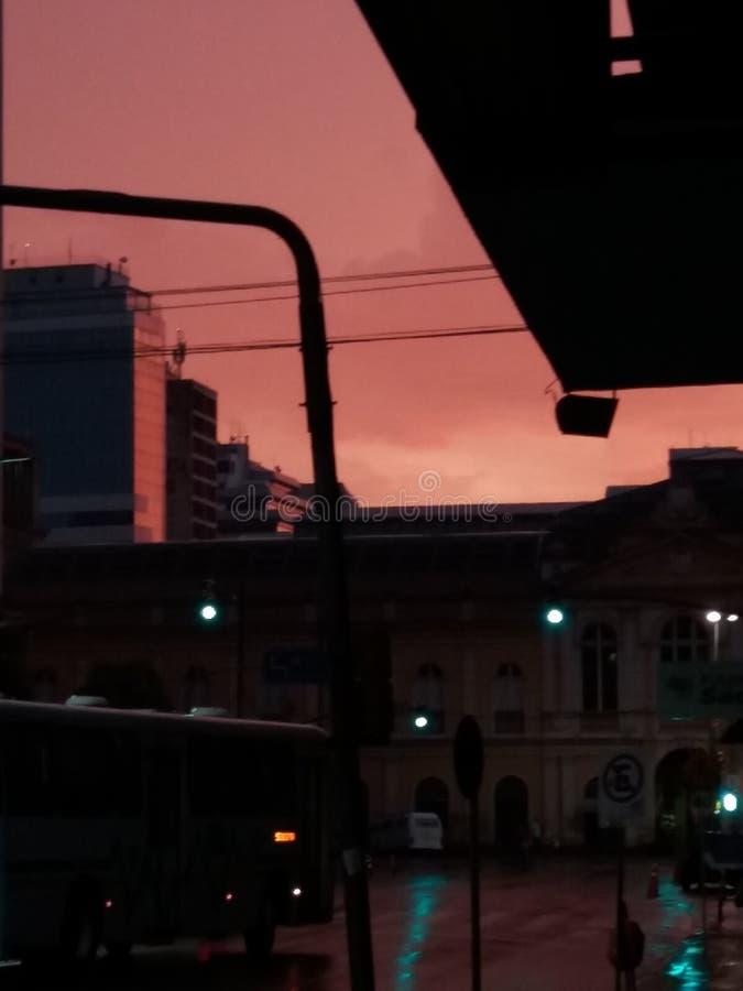 Nascer do sol em Porto Alegre, Brasil imagem de stock