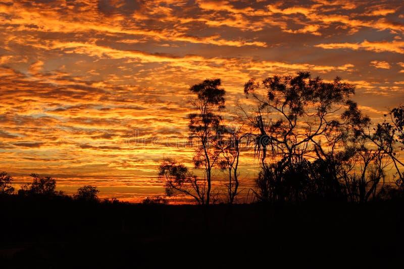 Nascer do sol na extremidade superior fotografia de stock