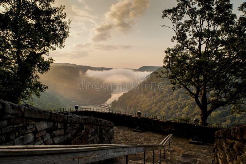 Nascer do sol do ninho dos falcões - West Virginia imagens de stock royalty free