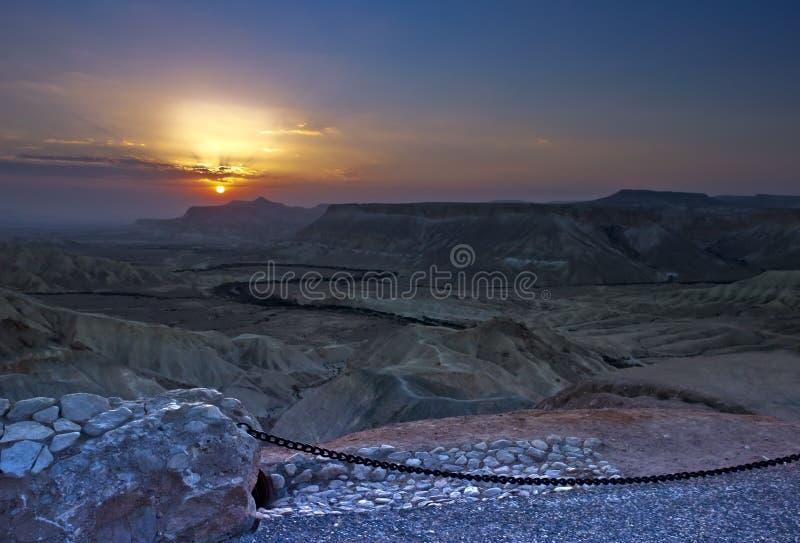 Nascer do sol no deserto do Negev imagem de stock