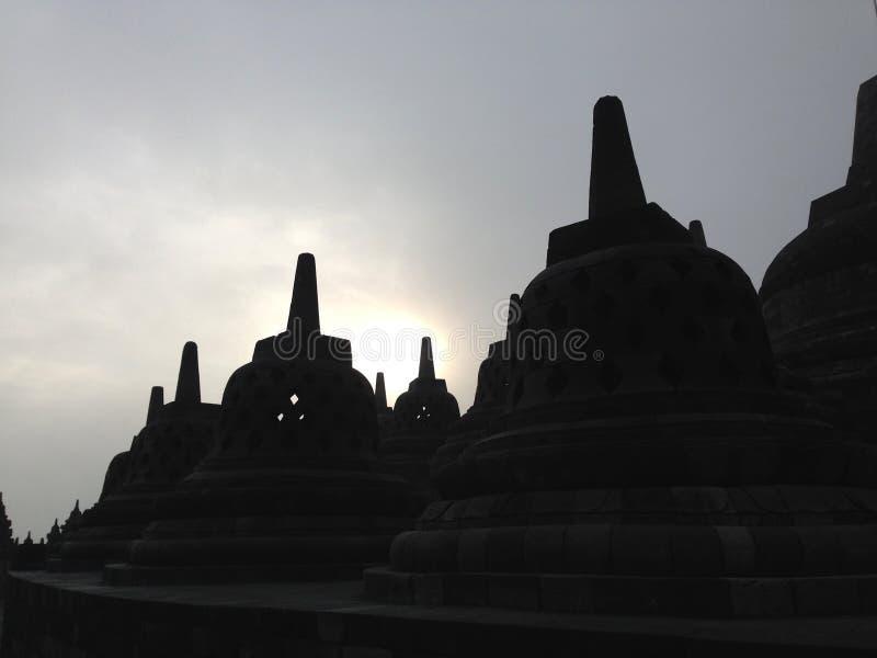 Nascer do sol no templo de Borobudur fotos de stock