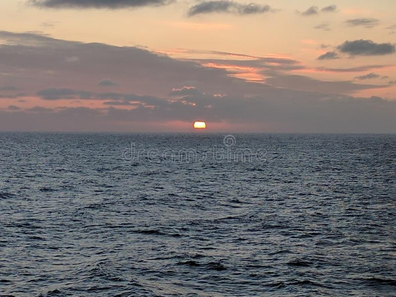 Nascer do sol pacífico imagens de stock royalty free