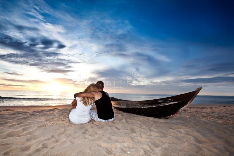 Nascer do sol romântico imagens de stock