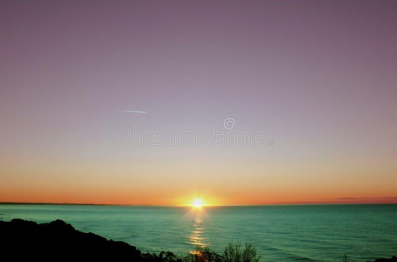 Nascer do sol roxo dos Arty imagens de stock royalty free