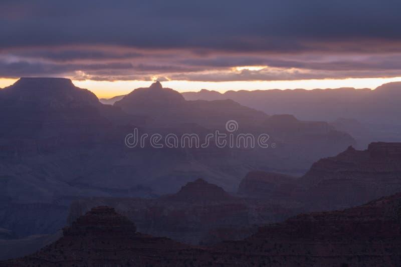 Nascer do sol sobre Grand Canyon o Arizona, EUA foto de stock