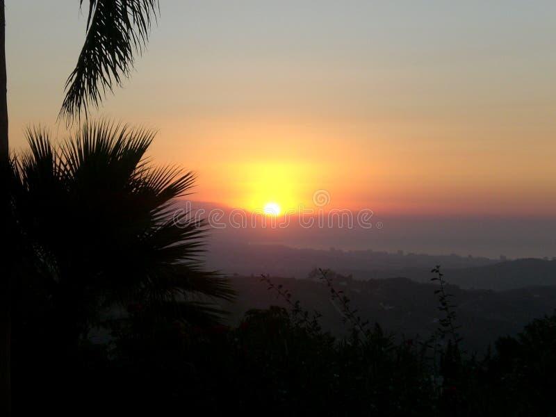 Nascer do sol sobre o mar Mediterrâneo de Malaga fotos de stock