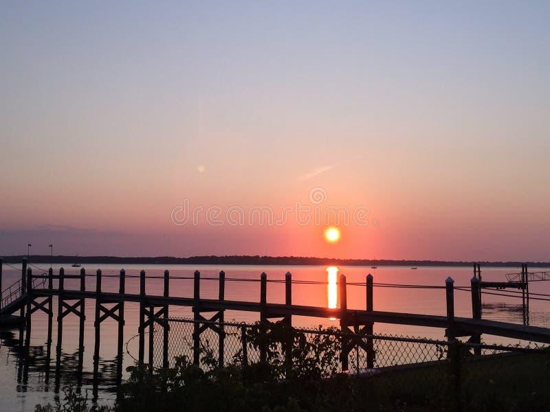 Nascer do sol sobre Rhode - ilha fotografia de stock royalty free