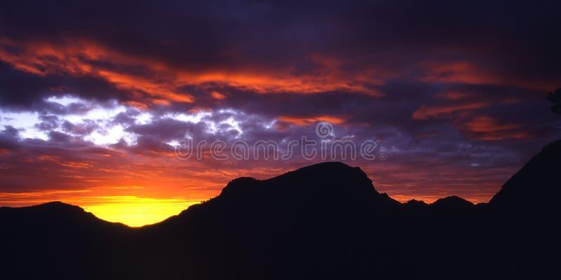 Nascer do sol vermelho fotos de stock
