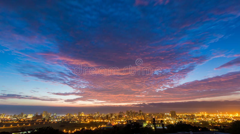 Nascer do sol vibrante colorido Durban África do Sul foto de stock royalty free