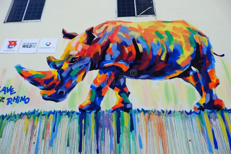 Nashorn durch Graffitikunst, Nashornmalerei stockfoto