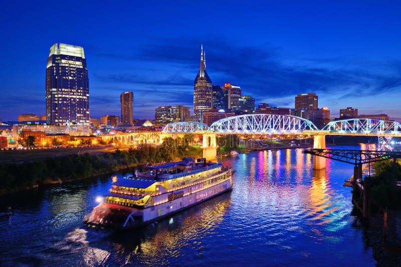 Nashville beim Cumberland River lizenzfreie stockfotos