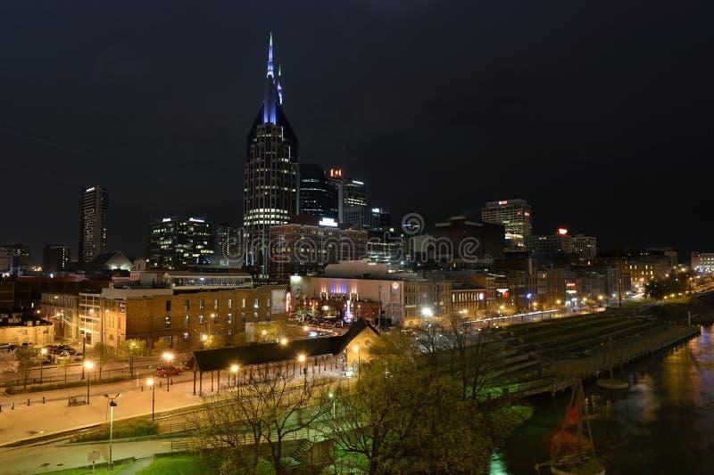 Nashville céntrica en la noche imagen de archivo libre de regalías