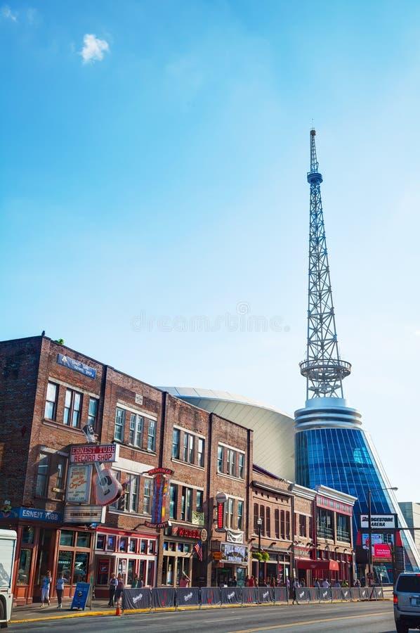 Nashville du centre avec des personnes images stock