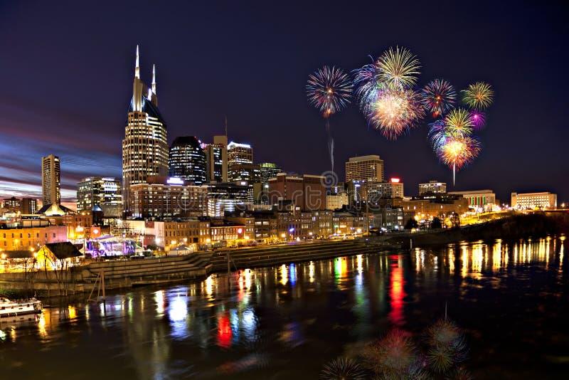 Nashville-Skyline an der Dämmerung lizenzfreies stockbild