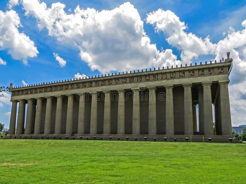 Nashville, TN EUA - parque centenário a réplica do Partenon imagem de stock royalty free