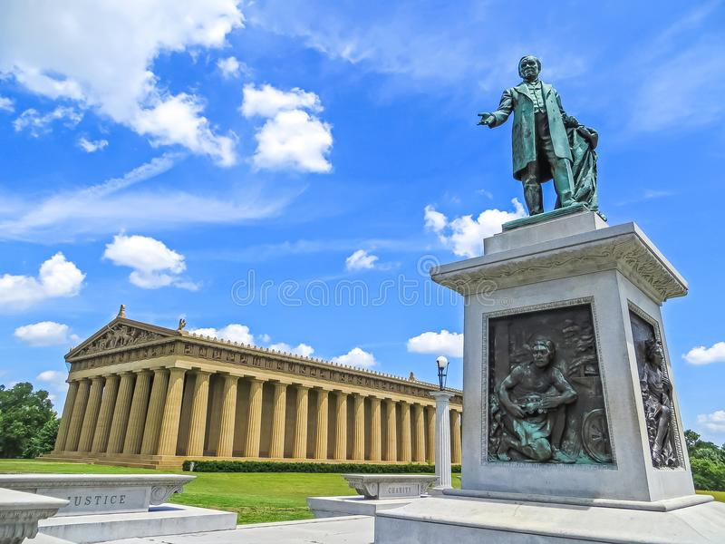 Nashville, TN USA - hundertjähriger Park die Parthenon-Replik stockbild