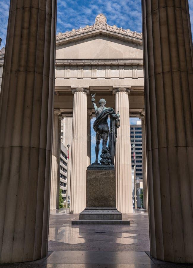 Traveling in Nashville, Tennessee |Nashville War Memorial