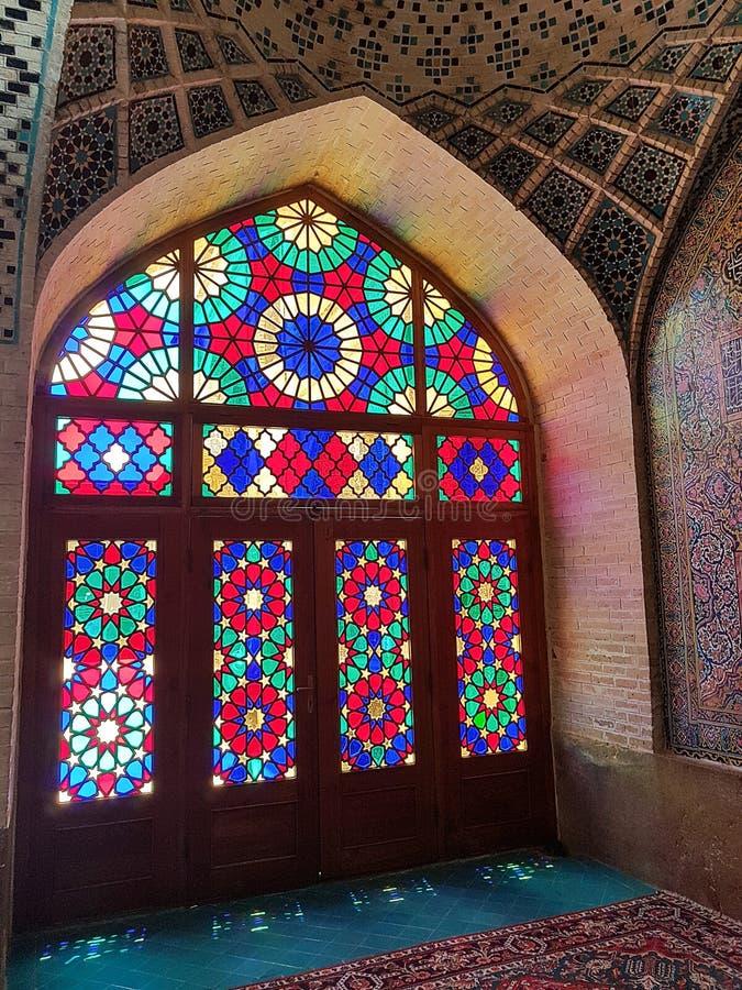 Nasir al-Mulk Mosque, als roze moskee in Shiraz, Iran ook wordt bekend dat royalty-vrije stock afbeelding