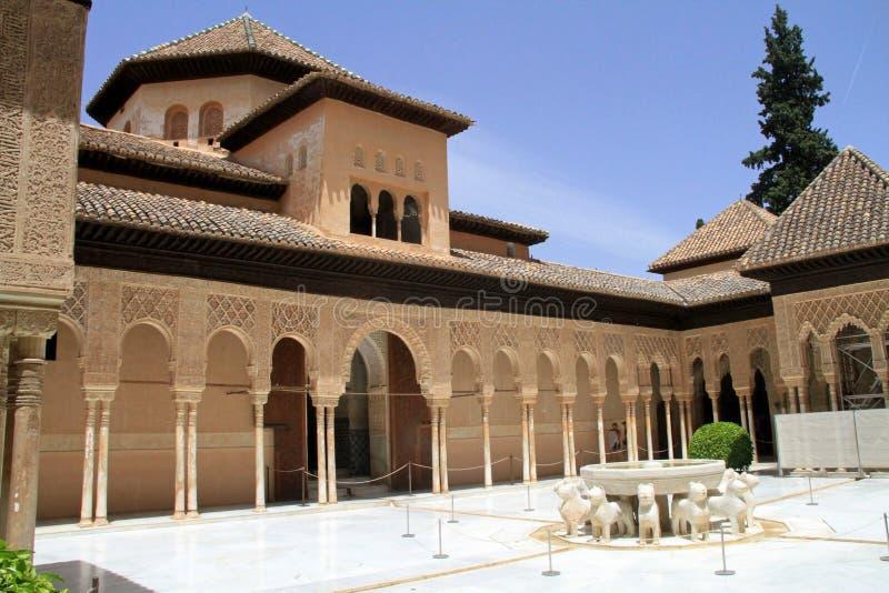 Nasridpaleis in Alhambra stock foto's