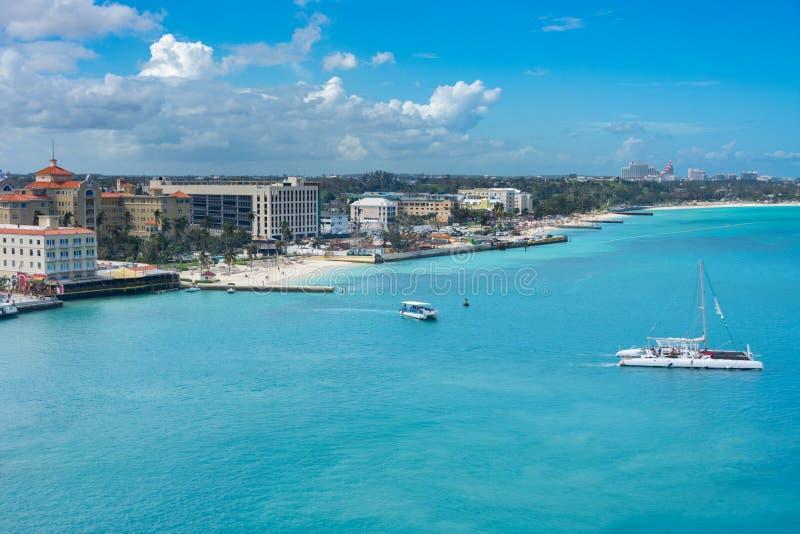 Nassau, het strand van de Bahamas en haven stock foto