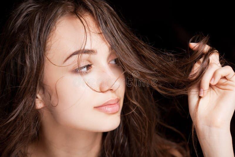 Nasse Haarschönheit stockfoto
