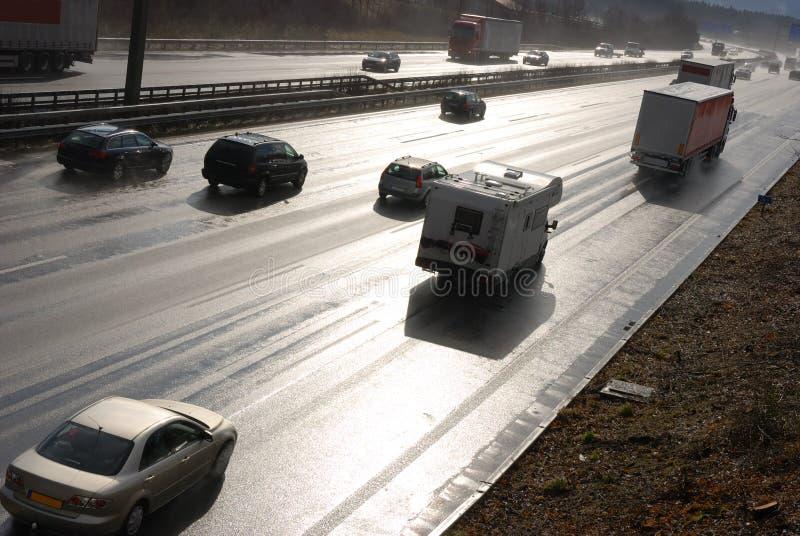 Nasser Autobahn stockfotografie
