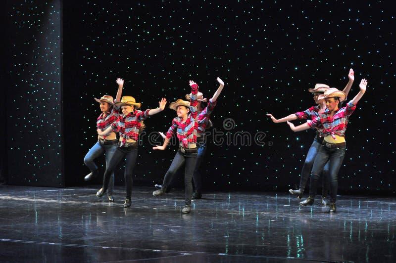 Nastolatków kowbojów tanczyć obrazy stock