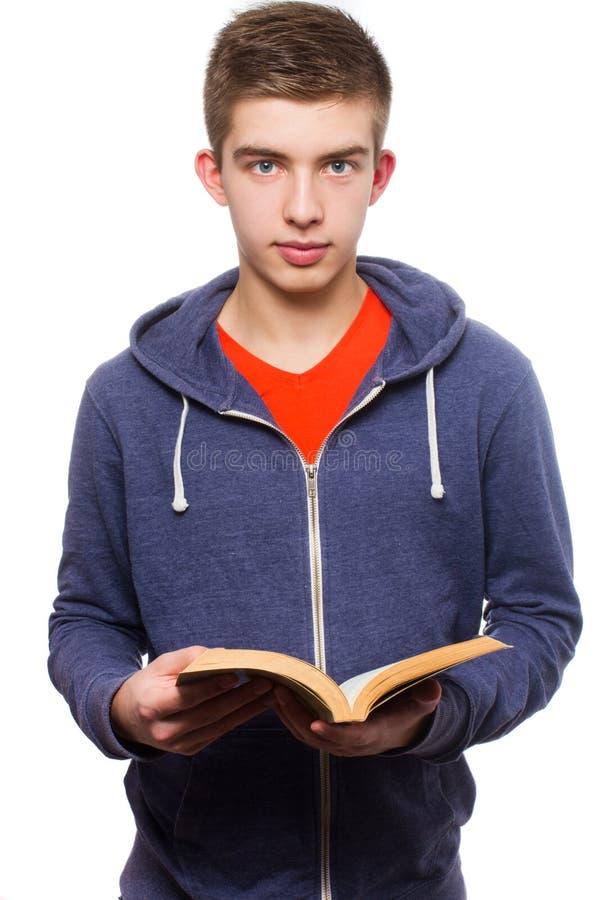Nastoletnia czytelnicza książka fotografia stock
