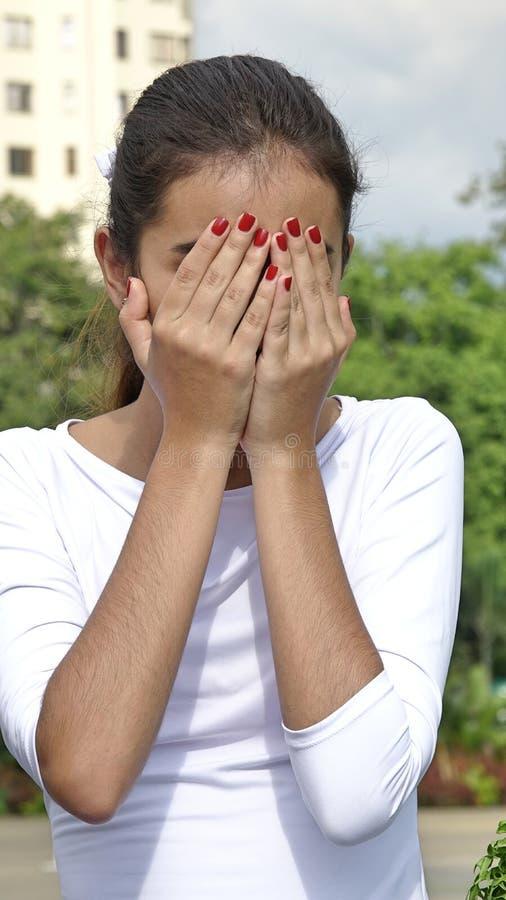nastoletnia dziewczyna płacze zdjęcia stock