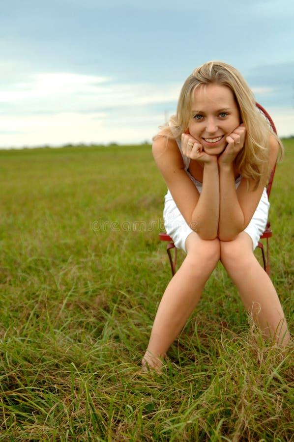 nastoletnia dziewczyny natura obrazy stock