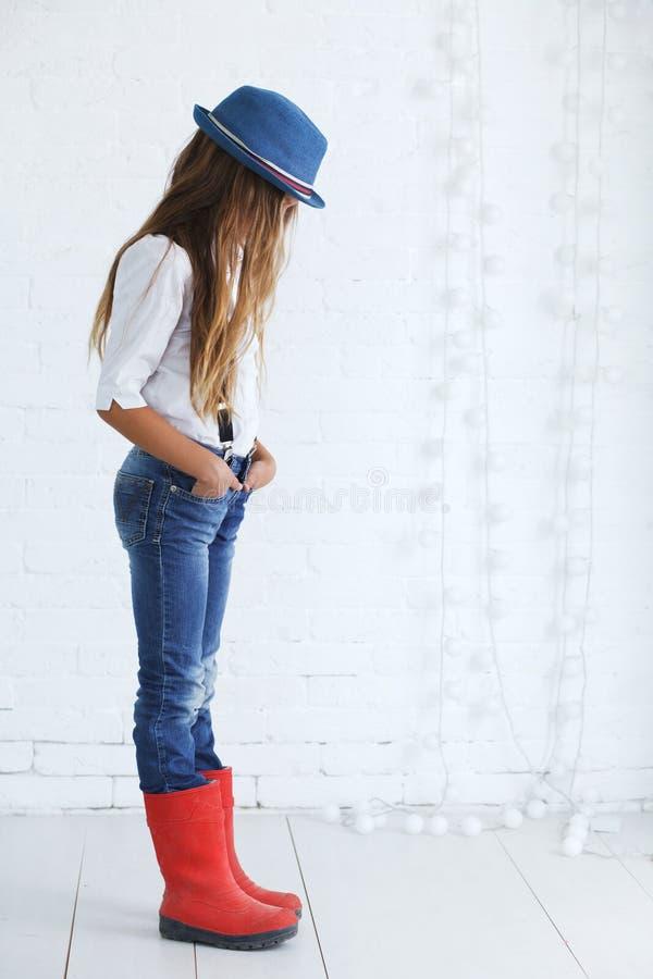nastoletnia mody dziewczyna obrazy stock