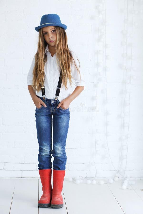 nastoletnia mody dziewczyna fotografia royalty free