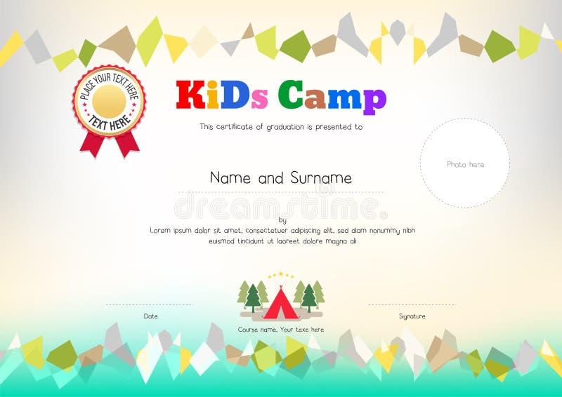 Nastro del premio del diploma del campeggio estivo dei bambini o del modello del certificato illustrazione vettoriale