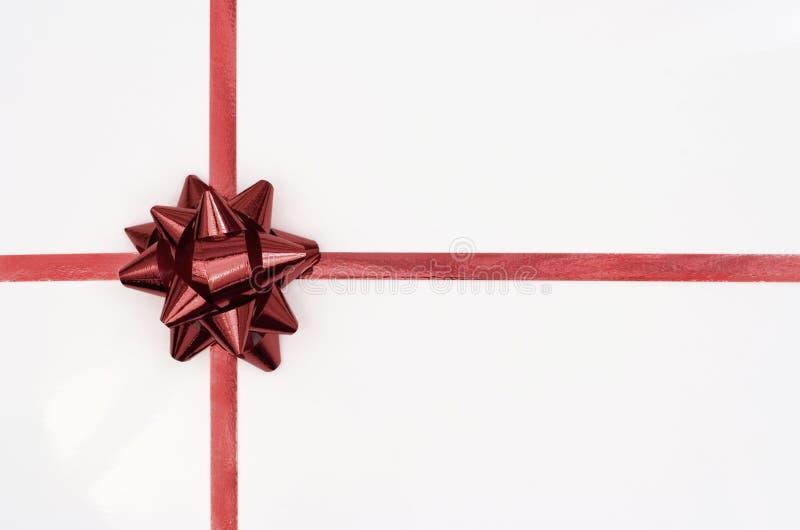Nastro di colore rosso del regalo di Natale w fotografia stock libera da diritti