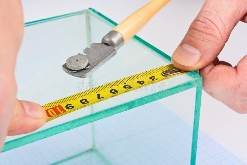 Nastro di misurazione di vetro del vetraio fotografia stock libera da diritti