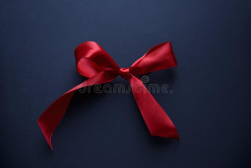 Nastro rosso, arco fotografia stock libera da diritti
