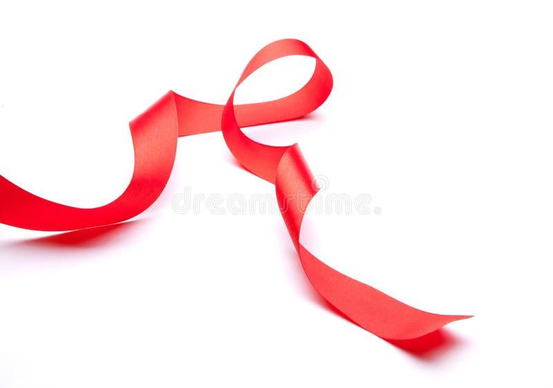 Nastro rosso del regalo del raso immagine stock