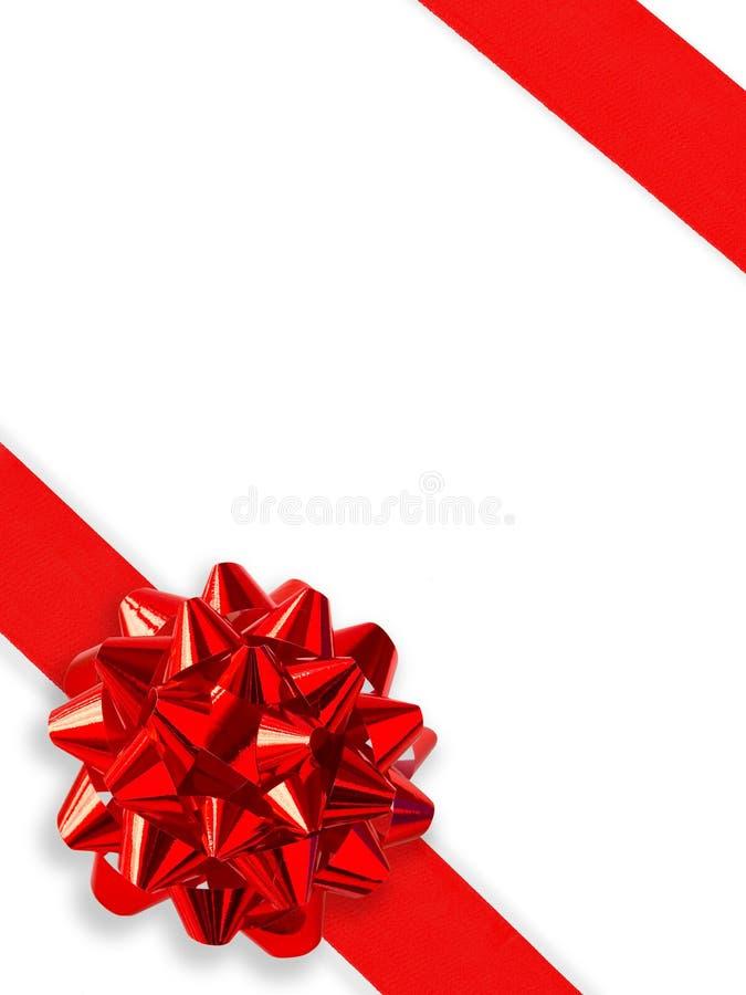 Nastro rosso del regalo sopra bianco fotografie stock