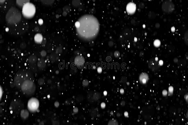 Natürliche Beschaffenheit des fallenden Schnees lizenzfreie stockfotos