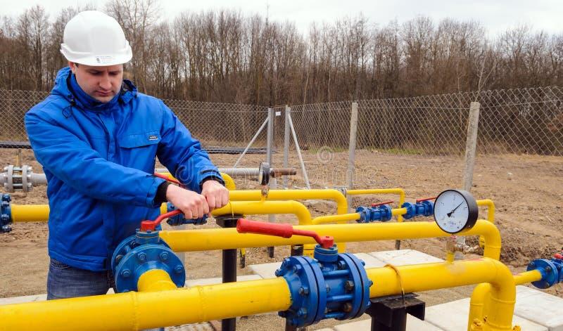 Natürliche Erdgasfeldstationsausrüstung lizenzfreie stockfotografie