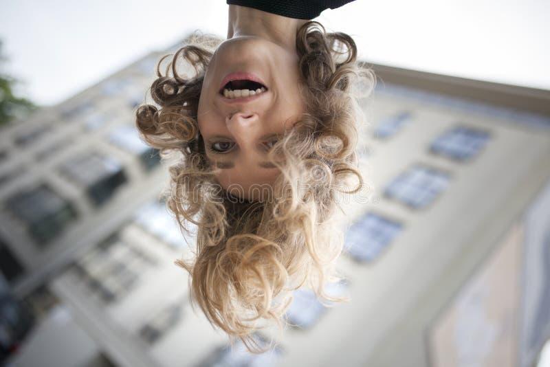 Natürliche Schönheit Schönheit mit einem glücklichen Ausdruck auf ihrem Gesicht stockfoto