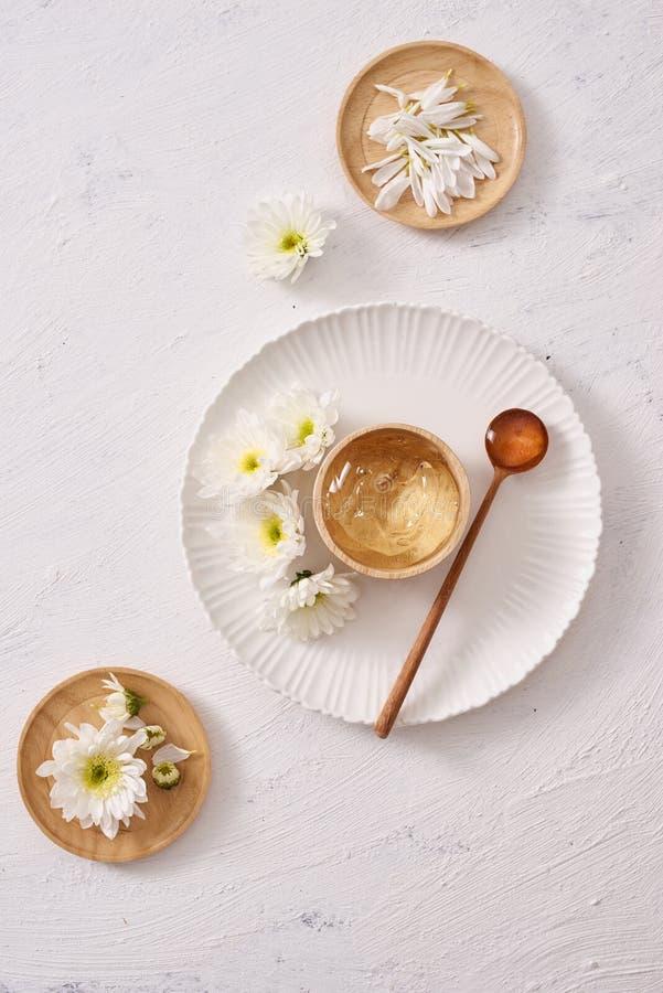 Natürliches beruhigendes Kräutergel extrahiert vom grünen Tee der Natur für lizenzfreie stockfotos